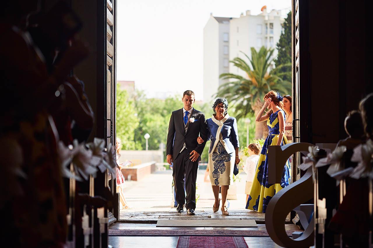 entrada novio boda