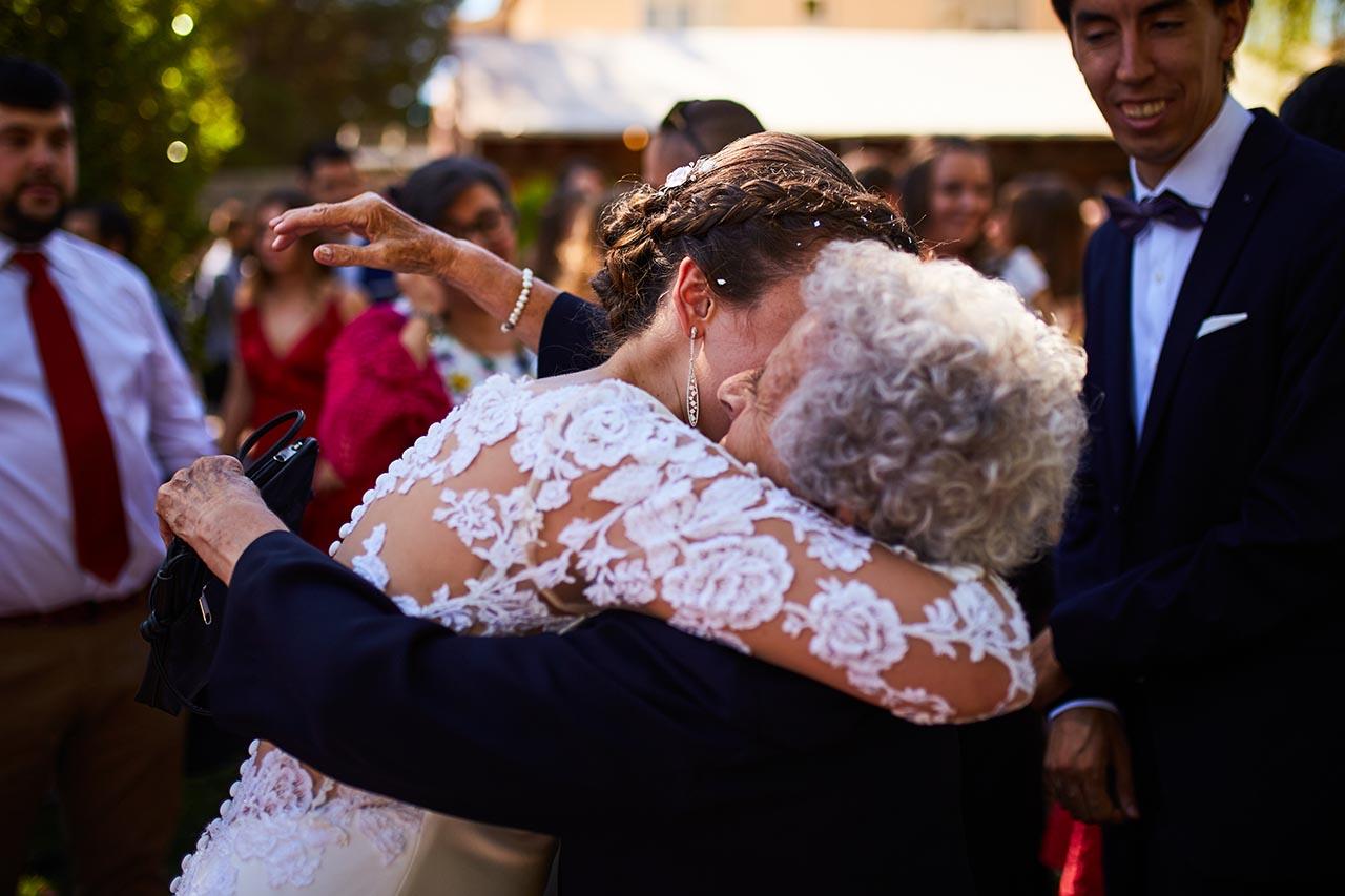 abrazo bonito boda