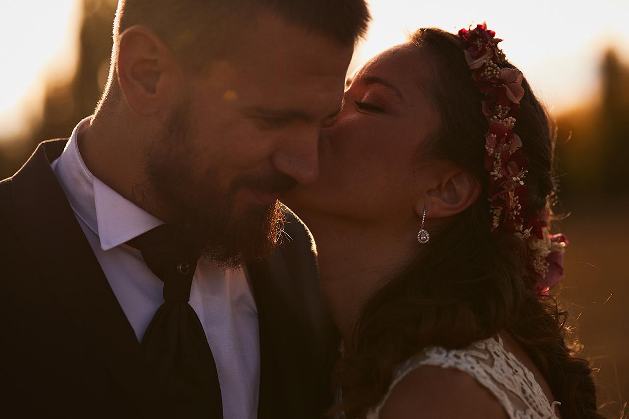 beso novia postboda