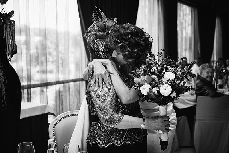abrazos novia tudela